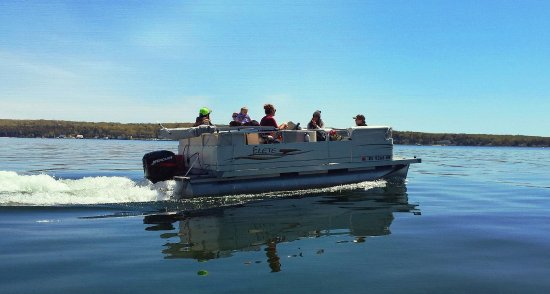Jerry 24' Pontoon Boat, in front of Eagle Bluff Lighthouse - Picture