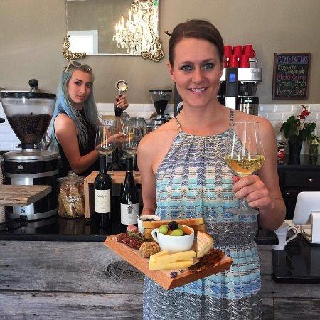 Sperryville, Wirginia: Opening Night Wine Bar