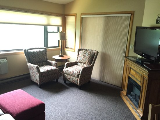 The Pointe Hotel & Suites: photo3.jpg