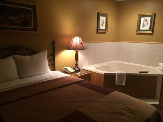 The Pointe Hotel & Suites: photo5.jpg