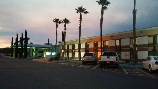 Apache Gold Resort Hotel: 20160619_195821_large.jpg