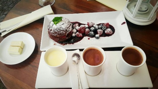 e wedel chocolate lounge at wroclaw rynek street restaurant reviews phone number photos. Black Bedroom Furniture Sets. Home Design Ideas