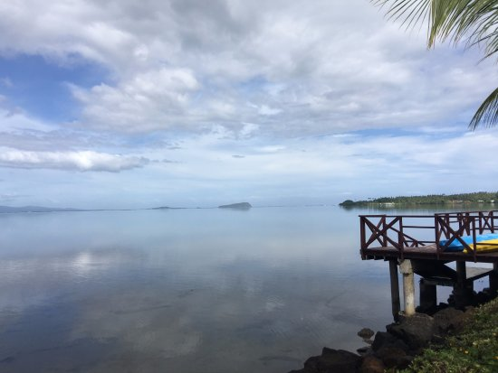 Salelologa, Samoa: Looking out from the pool area on a calm day