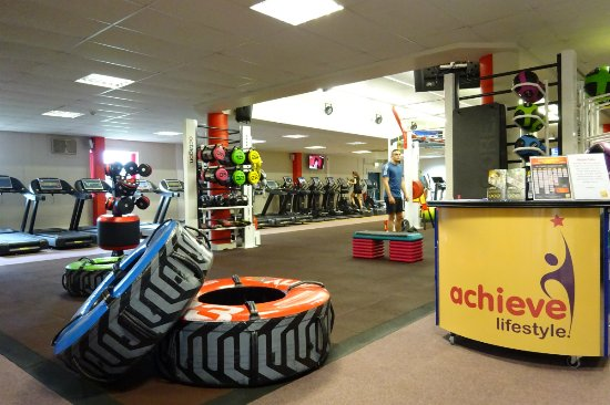 Egham, UK: Achieve Lifestyle Gym