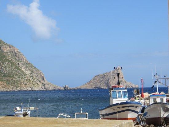 terrasse, vue sur mer, village, port et montagne - Picture of La ...