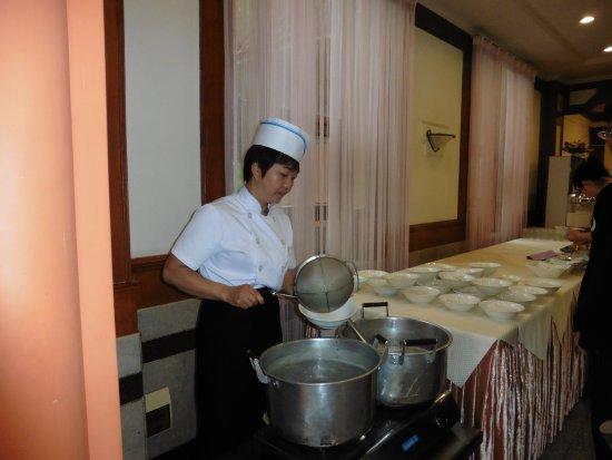 Mile, China: petit déjeuner