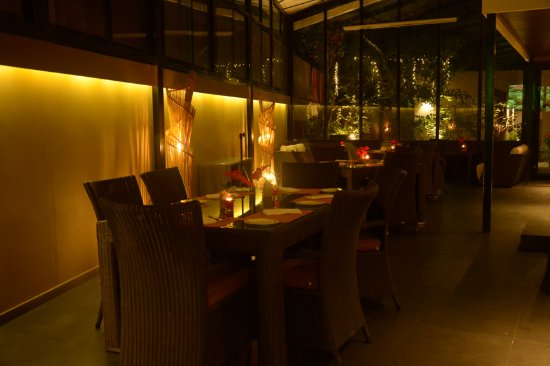 Z Luxury Residences: Jal Restaurant