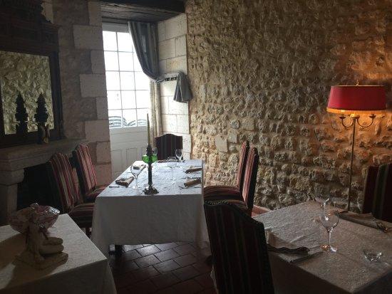 Chalais, Fransa: la salle