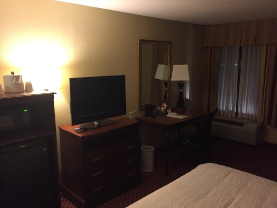 Hampton Inn Savannah -  I-95 North: photo2.jpg