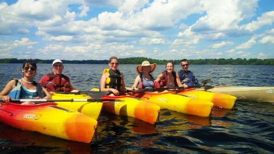 Norton, MA: Daily Kayak Tours