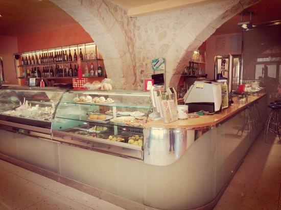 Palma di Montechiaro, อิตาลี: Ideale per un pranzo veloce ed un aperitivo tra amici