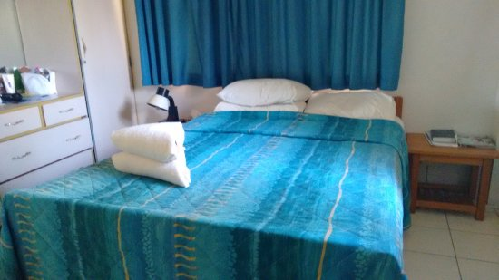 Nadi Bay Resort Hotel : very comfortable air conditioned private rooms.