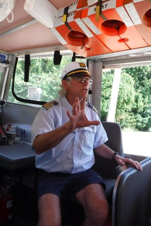 Брэнсон, Миссури: Captain Stump
