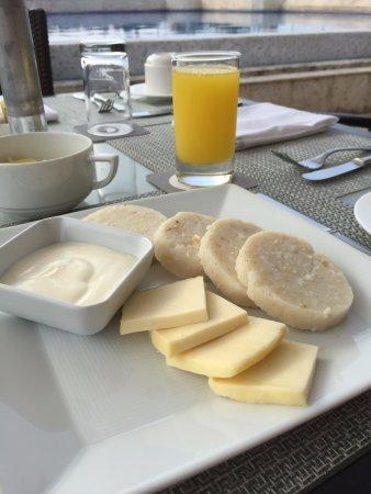 Charleston Cartagena Hotel Santa Teresa: Bollo limpio (corn cakes) healthy and delicious
