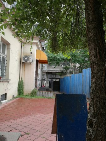 Hostel Friends: IMG_20160612_114104_large.jpg