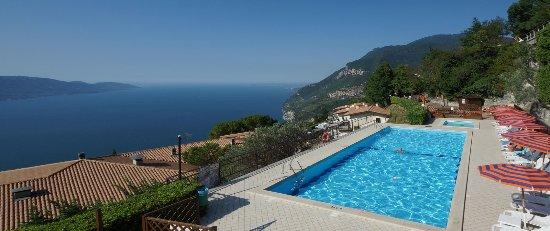 Gardola, Włochy: Piscina