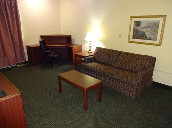 Red Roof Inn U0026 Suites Indianapolis Airport
