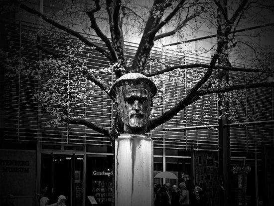 Gutenberg-Museum: Johannes Gensfleisch zur Laden zum Gutenberg