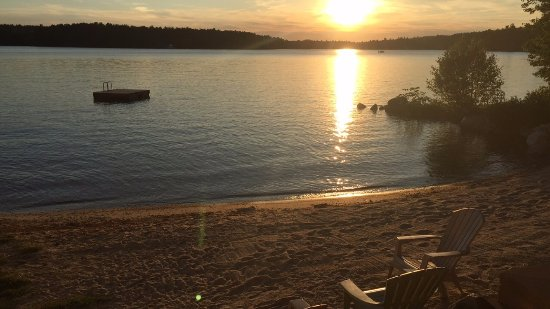 Wolfeboro, Nueva Hampshire: Their beach is fantastic!