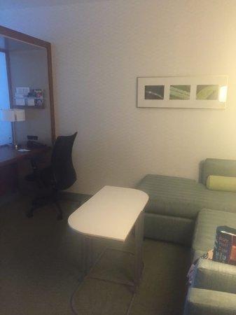SpringHill Suites Alexandria: Room