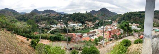 Santa Leopoldina, ES: Vista do alto da Igureja Matriz