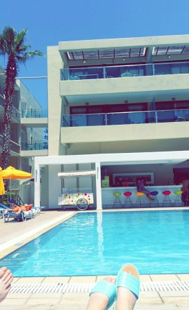 Smartline Philippion Hotel: Snapchat-5797472059500140463_large.jpg