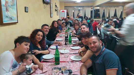 20160724 204538 bild fr n cotta e mangiata pomezia tripadvisor - A tavola con amici ...