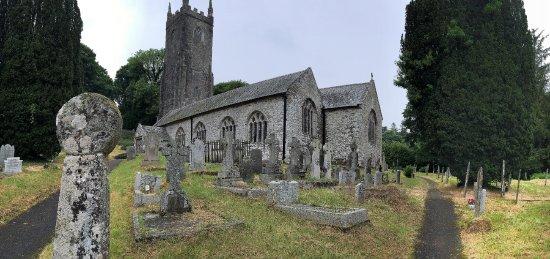 Cornish Heritage Safaris -  Tours : The church at Altarnun