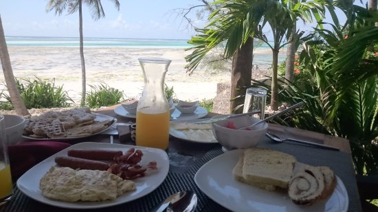 Breakfast (in Dunia room balcony)