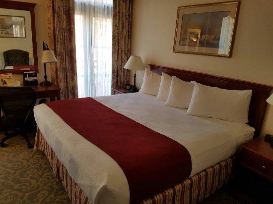 BEST WESTERN PLUS Pioneer Square Hotel: 20160619_164955_large.jpg