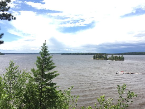 "Watson's Pine Portage Lodge: Around the Lodge and a ""Shore Lunch"""