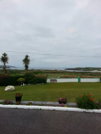 Allihies, Irlanda: View from our window!