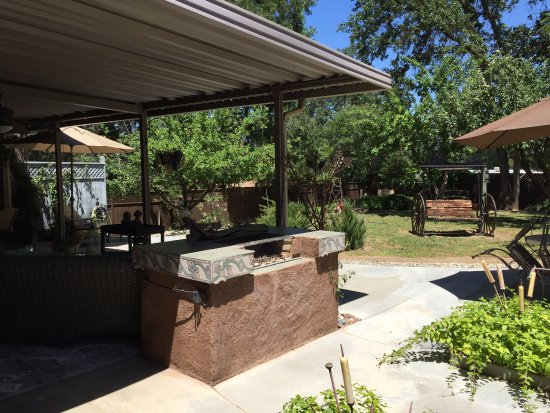 Yosemite's A Haven of Rest Bed & Breakfast Photo