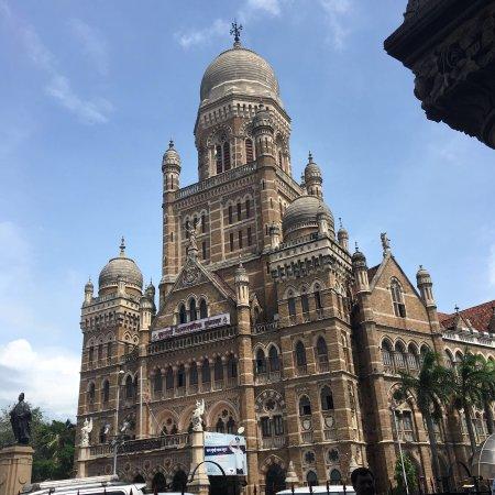 Amaze Mumbai Tours