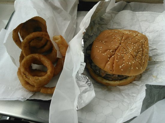 Nipps Drive-Through: Heavenly lunch!!