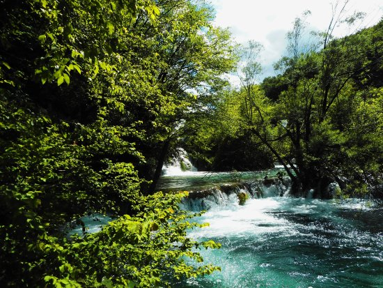 Gradinsko Lake : une des multiples cascades