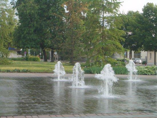 Giochi D Acqua.Giochi D Acqua Al Centro Della Piazza Picture Of Utenio