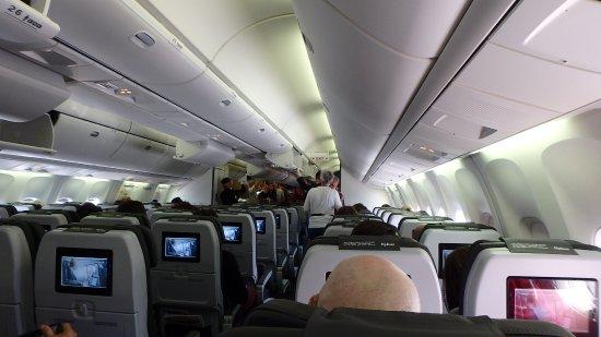 Aan Boord Icelandair 76w Picture Of Icelandair World
