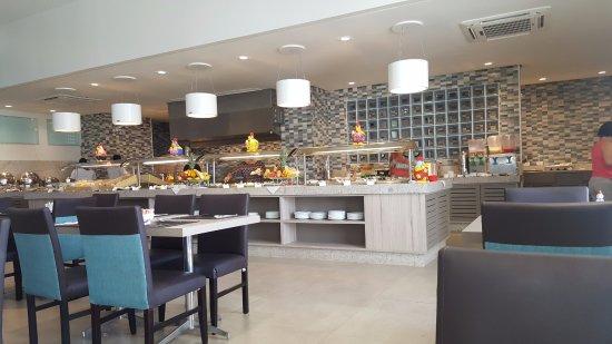 Prodigy Beach Resort Marupiara: Café da manhã