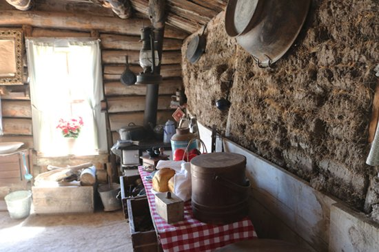 Prairie Homestead Historic Site: Sod house interior