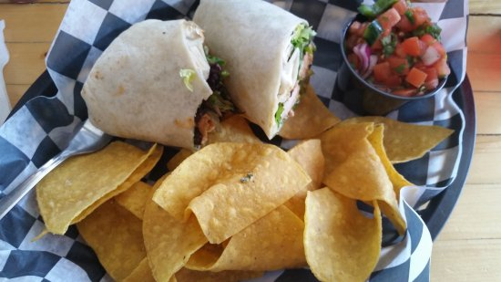 Food Dudes : Blackened Salmon Wrap