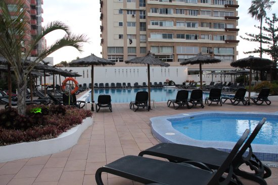 Piscina picture of sol costa atlantis puerto de la for Piscina la ballena tenerife