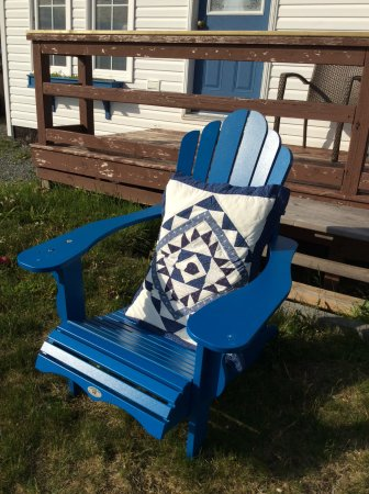 Whiteway, Canadá: One of several comfy chairs to relax in and listen to the ocean.
