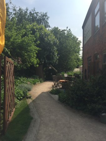 Sileby, UK: The Green Place