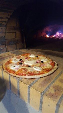 Tiuccia Pizza