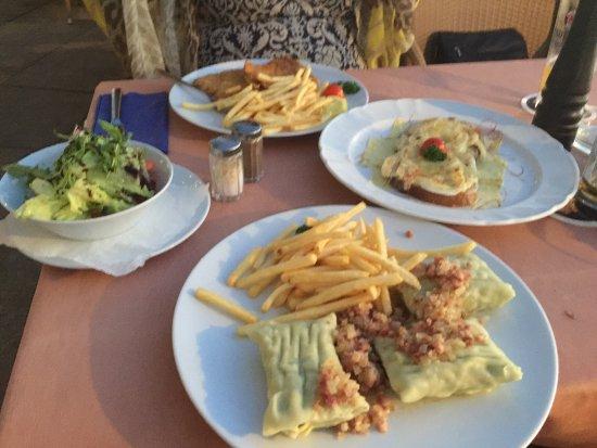 Schlossrestaurant Wasserburg: Amazing place / location