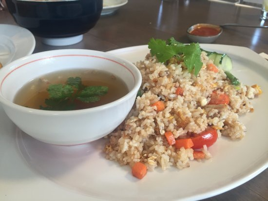Pemberton, Kanada: Olive fried rice - flavourful and tasty!