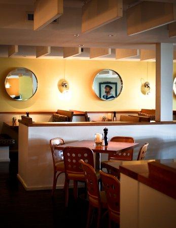 นิวบัฟฟาโล, มิชิแกน: Bentwood Tavern