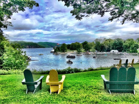 Basin Harbor Club: This historic family-owned resort is nestled on the shore of Lake Champlain. The perfect getaway