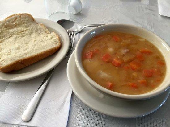 Woody Island Resort: Good food, great hosts and special memories